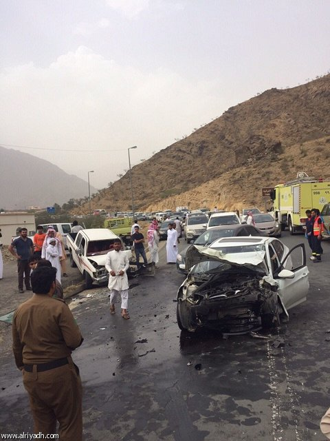 حادث شنيع يودي بحياة ثلاثة في الباحة