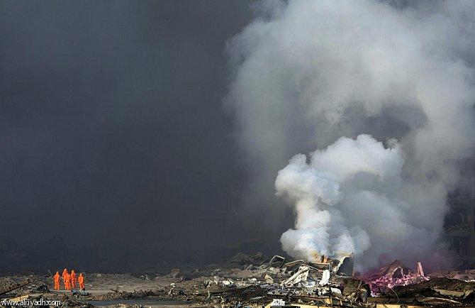 نقل مواد كيميائية من موقع انفجار تيانجين