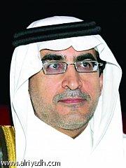 غموض المنح الداخلية يرفع الرسوم الدراسية.. و«الرياض» تنقل خوف الطلاب على مستقبلهم