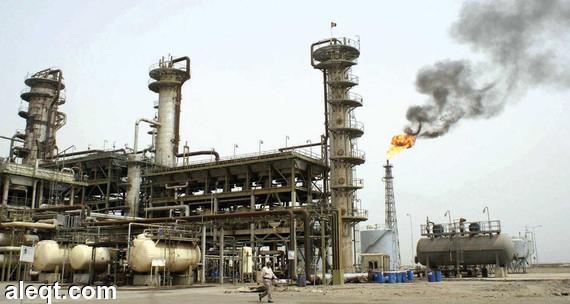 النفط يهبط 1% متأثرا ببيانات يابانية وصينية